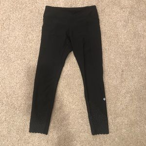 Lululemon reflective leggings with scallop ends